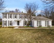 5581 WHITE HALL, West Bloomfield Twp image
