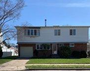 21 Eileen  Avenue, Plainview image