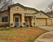 32  Maywood Court, Roseville image