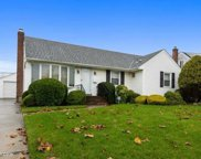 1106 Douglas  Ave, Wantagh image