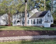100 Chestnut Court, York County South image