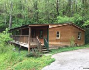 4375 Manis Hollow Rd, Gatlinburg image