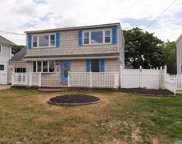 471 Bay  Avenue, Patchogue image