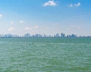 5860 N Bay Rd, Miami Beach image