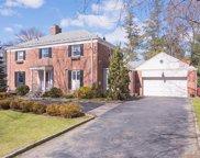 25 Haverford Avenue, Scarsdale image
