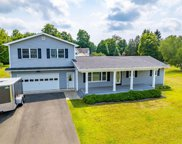 22 Lakeview Dr, Valatie image