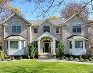 52 Eagle Rim Road, Upper Saddle River image