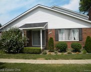 42232 TODDMARK, Clinton Twp image