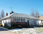 1060 Mclean Ave, Wantagh image