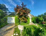 58 Garden City  Boulevard, W. Hempstead image