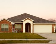 218 Meadowcrest Drive, Terrell image