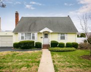 225 Grand Blvd, Massapequa Park image