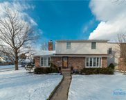 882 Maple, Waterville image
