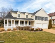 10208 GROVEWOOD WAY, Fairfax image