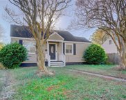 25 Fairview Circle S, Central Portsmouth image