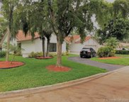 393 Nw 97th Ln, Coral Springs image