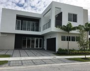 10075 Nw 77th St, Doral image