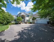 7 Hunting Hollow, Dix Hills image