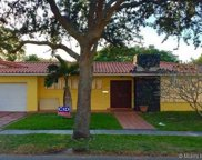 6860 White Oak Dr, Miami Lakes image