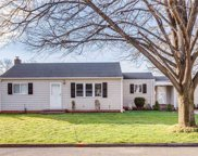 11 Willetts  Place, Huntington Sta image