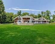 946 West Shore  Road, Mill Neck image