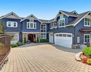 16550 Shore Dr NE, Lake Forest Park image