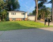 9815 Lakewood Dr, Louisville image