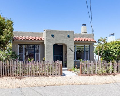 908 Ruth Ct, Pacific Grove