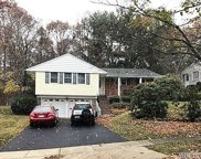 5 Lindron Ave, Smithtown image