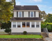 95 Brower Ave, Woodmere image