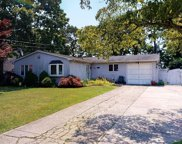 64 Appel  Drive, Shirley image