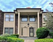 4424 KNIGHTSBRIDGE Unit 2, West Bloomfield Twp image