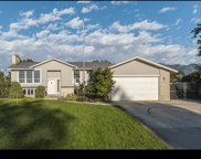 10373 S Weeping Willow Dr, Sandy image