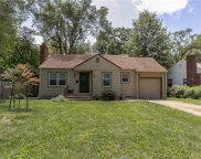 4917 Sycamore Drive, Roeland Park image