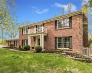64 Chesterfield Lakes, Chesterfield image