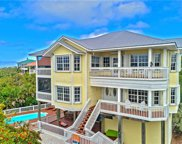 4560 Conch Shell DR, Captiva image