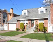 254-21 38th Ave, Little Neck image
