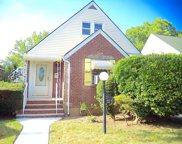 227-27 114th Rd, Cambria Heights image