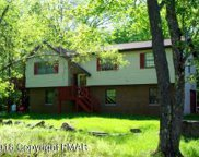 815 Country Place Dr, Tobyhanna image