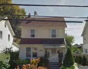 164-14 71st Ave, Fresh Meadows image