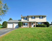 5029 Donna, North Whitehall Township image