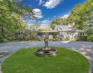 5 Tennis Court  Road, Oyster Bay image