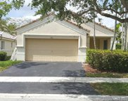 1212 Canary Island Dr, Weston image