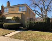 6550 North Fairfield Avenue, Chicago image