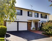 42 Valley Greens Dr, N. Woodmere image
