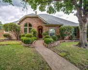 2417 Bowie, Plano image