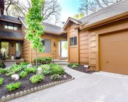 7075 Oak Brook Drive, Urbandale image