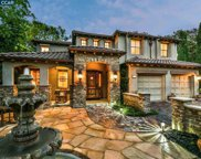 40 Dos Robles Ct, Walnut Creek image
