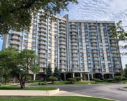 40 North Tower Road Unit 8E, Oak Brook image