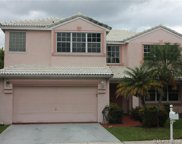 10331 Sw 9th Ln, Pembroke Pines image